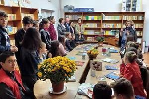Re-amenjarea bibliotecii școlii
